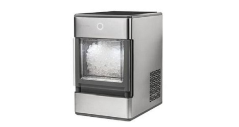 Read more about the article Nugget Ice Maker Buyer's Guide + 5 Best Reviewed for 2021